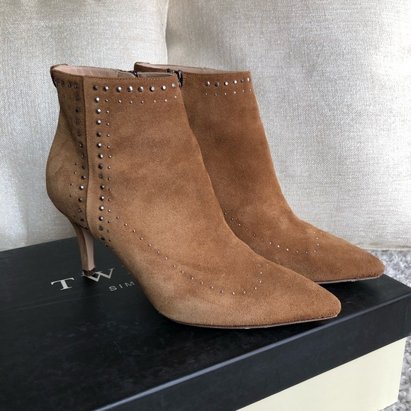 online store 3b65c c0e42 Twin-Set Suede Camel Booties, size 6.5